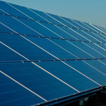 Panele Słoneczne Revolt Energy